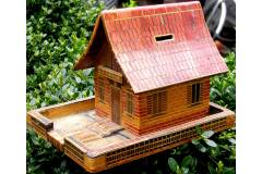 Vintage Piggy Bank Coin Saving Box Handmade Wooden House Children Kid Toy