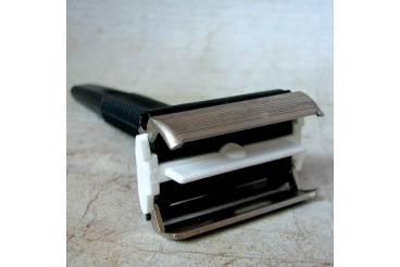 """Vintage Safety Shave Razor DE Mint NOS USSR 1980s """"ISKRA"""" SPARKLE"""