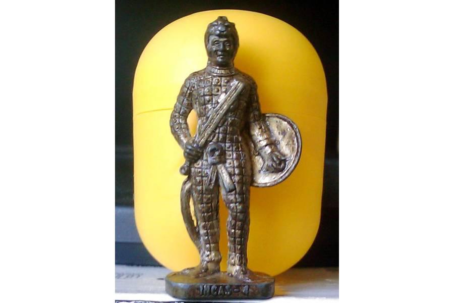Kinder Surprise Vintage Metal Soldier Figurine INCAS-4 Peru Brass