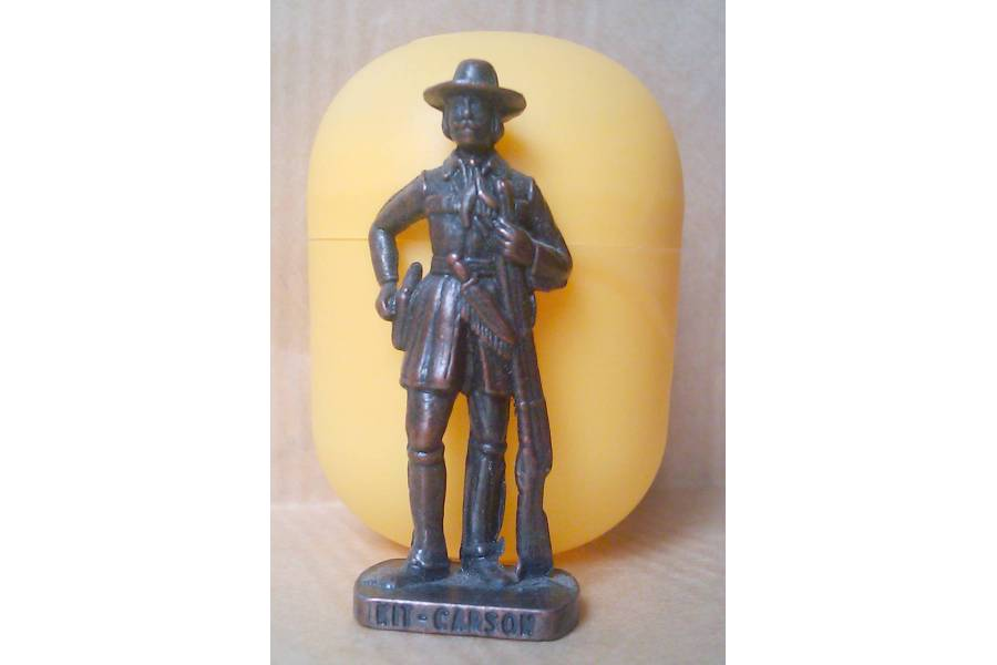 Kit Carson Kinder Surprise Metal Soldier Figurine