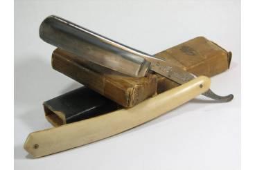Mondesir Kayser-Ellison's Solingen Germany Vintage Straight Shaving Razor