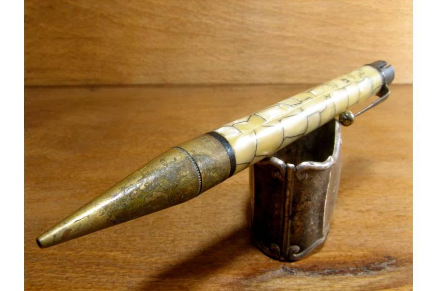 Rare Infinite Twist Propelling Pencil England Patent 1950s Marbled Barrel