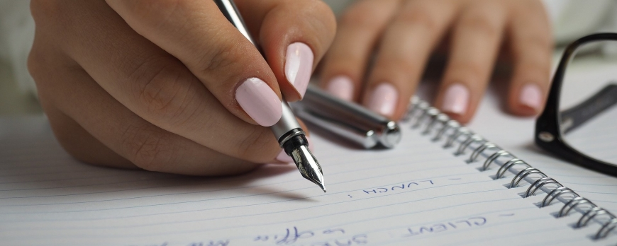 Choose the right pen for your hand and needs